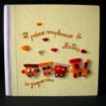 Fantacarta di Alessandra Schiavoni-variazione trenino di feltro in colori caldi